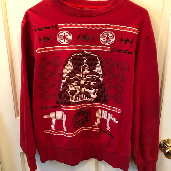 ✨MOVING SALE✨ Red Darth Vader Christmas Sweatshirt